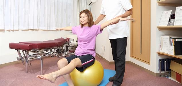 カイロプラクティックとは、体のバランスと神経を整える手技です